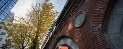 旧万世橋駅ホーム跡、N3331カフェへ