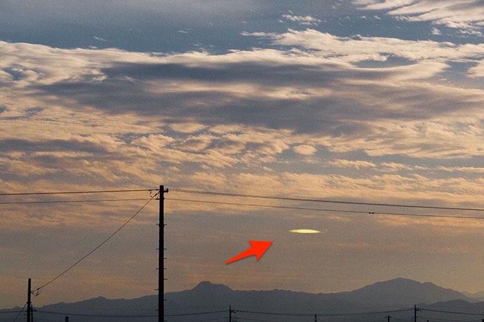 未確認飛行物体,UFO