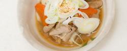 保温調理鍋で作る、柔らかい『モツ煮』