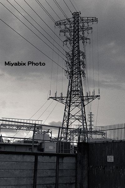 鉄塔,送電線